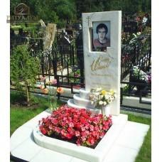 Памятник из белого мрамора № 2  — ritualum.ru